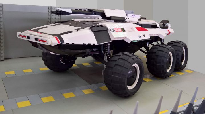 LEGO Mass Effect M35 MAKO by Flickr User Luca Gaudenzi