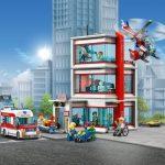LEGO City Hospital (set 60204) Front Angle