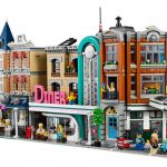 LEGO Creator Expert 10264 Corner Garage – The 2019 Modular set