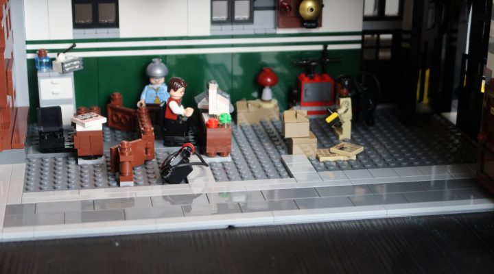LEGO Ghostbusters Firehouse Headquarters Ground Floor Reception (75827)