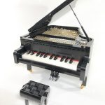LEGO Ideas 2019 Playable Piano Sleepy Cow - Open lid, keys and mechanism